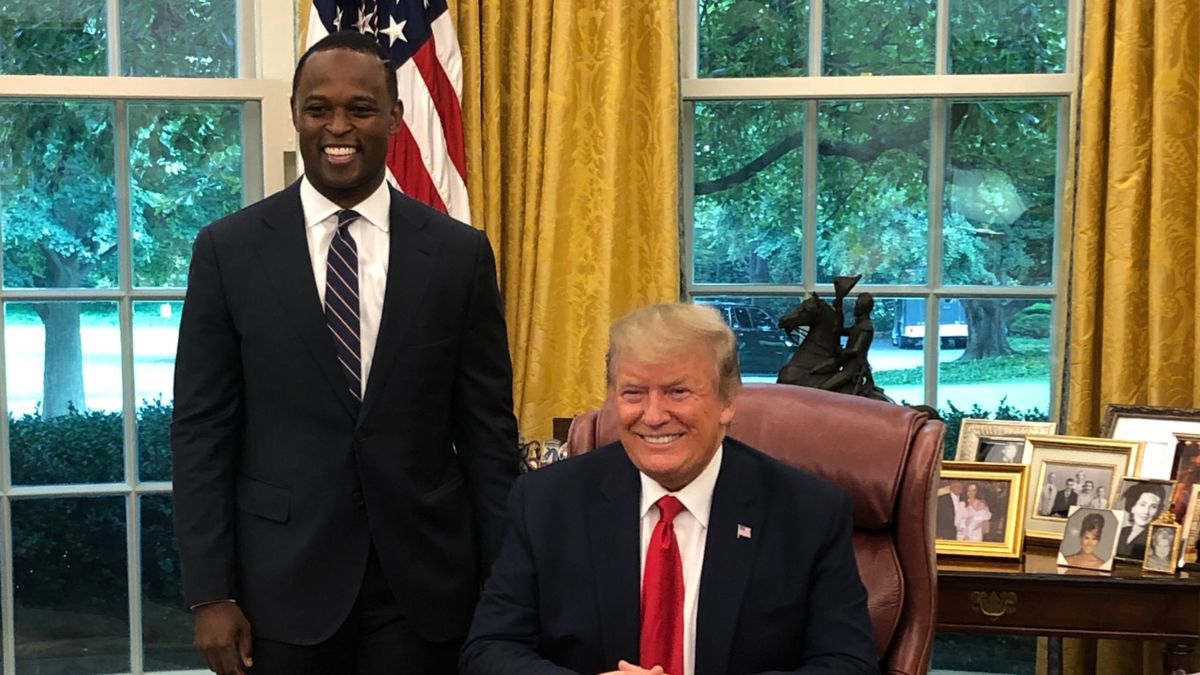 Daniel Cameron and President Trump meeting in the Oval Office (Photo: Cameron for Kentucky)