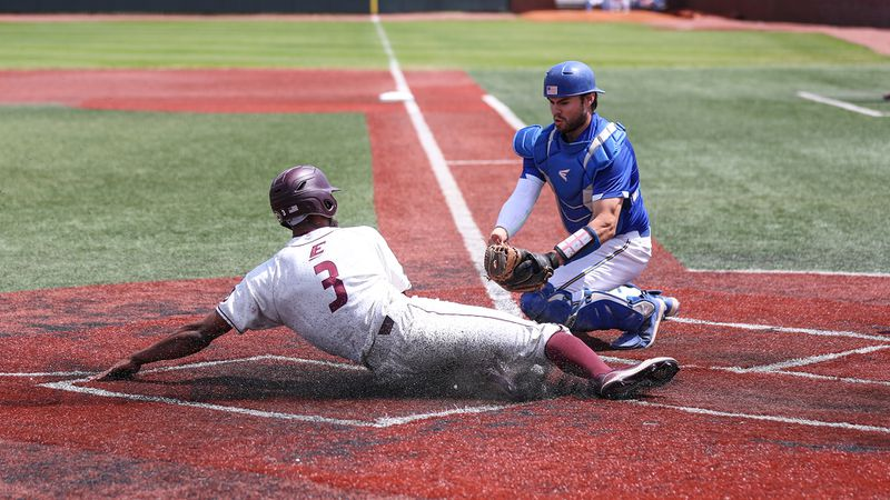 EKU rolls past Morehead State.