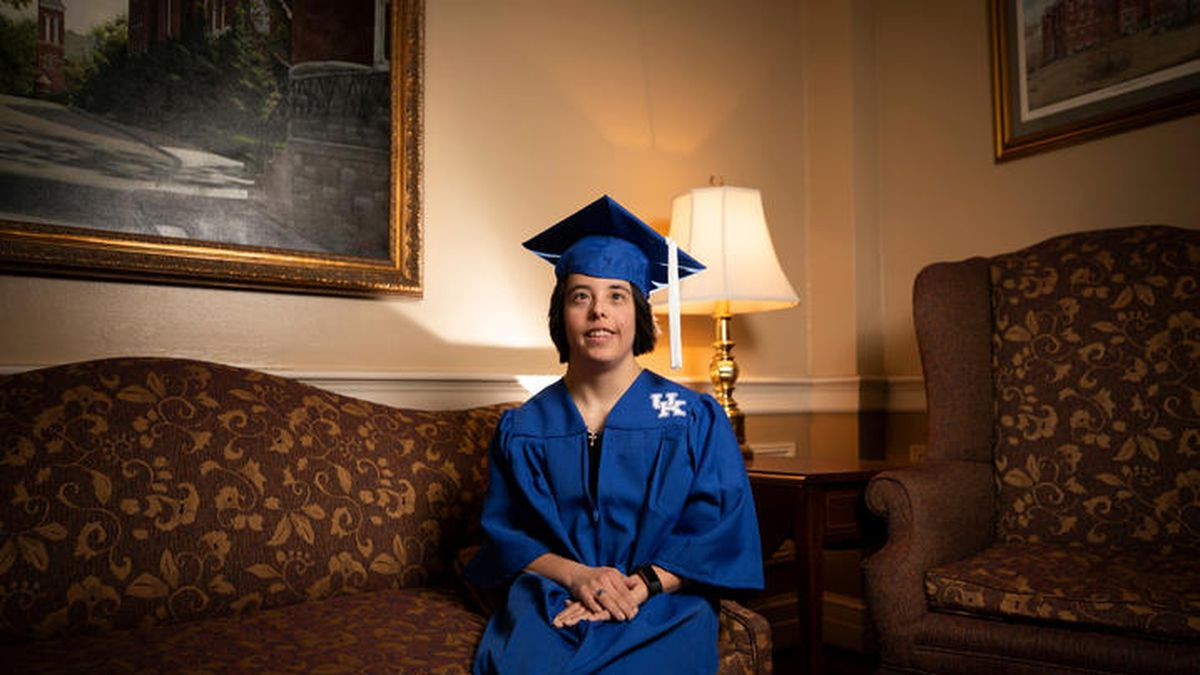 Portraits for commencement story on Megan McCormick. Photo by Pete Comparoni | UKphoto