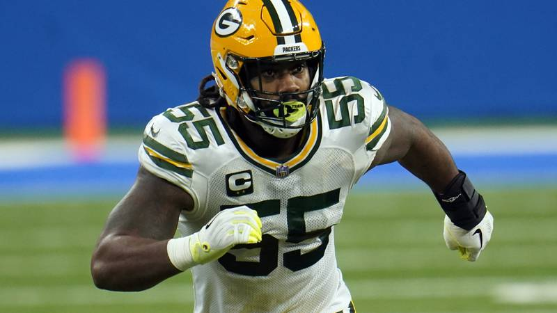 FILE- In this Dec. 13, 2020, file photo, Green Bay Packers outside linebacker Za'Darius Smith...