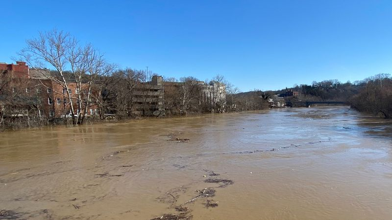 When the Kentucky River reaches 40 feet, about 70 homes will be impacted by flooding.