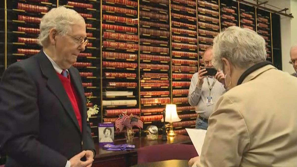 Sen. Mitch McConnell filed for re-election in Frankfort, Ky. (WKYT)
