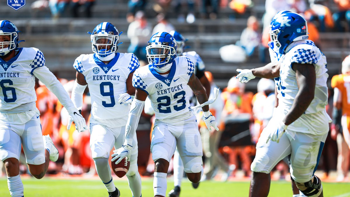 Kentucky beats UT in Knoxville for the 1st time since 1984.
