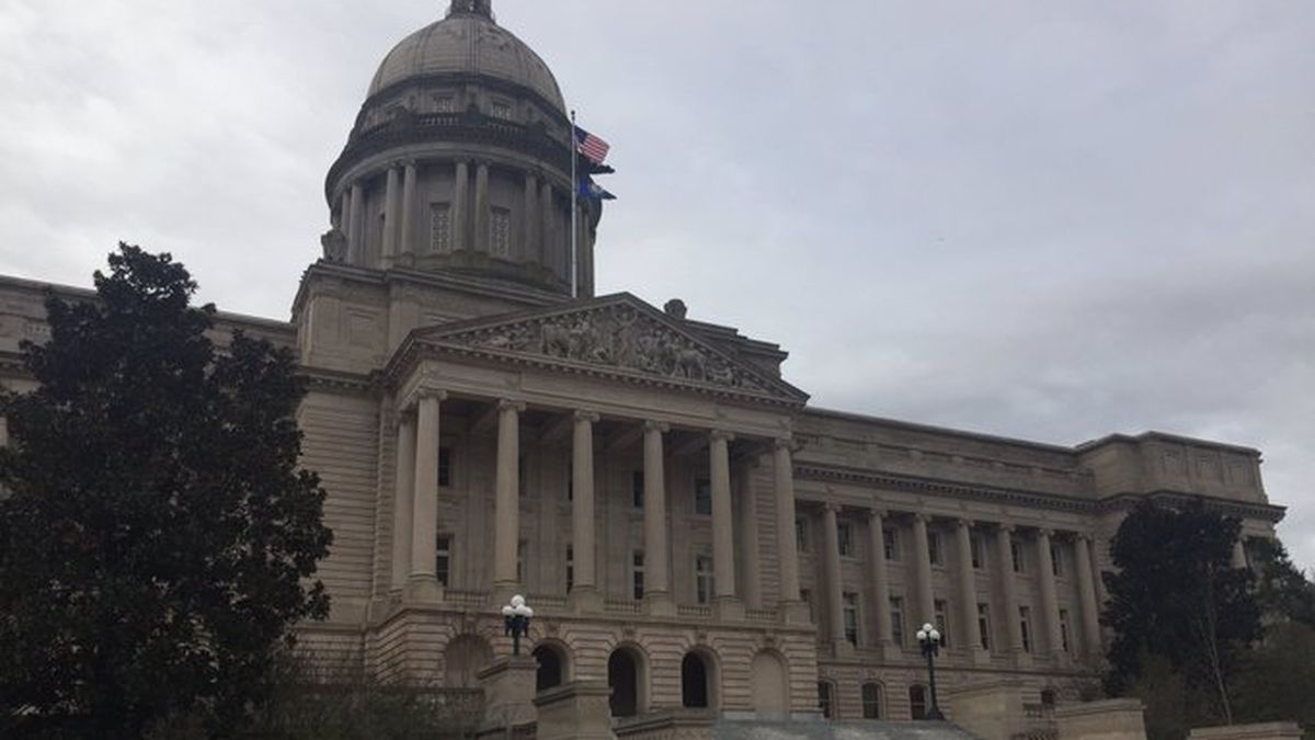 For the first time in Kentucky's modern history, there is a Republican majority in the House and Senate with a Democrat in the governor's seat. (WKYT)