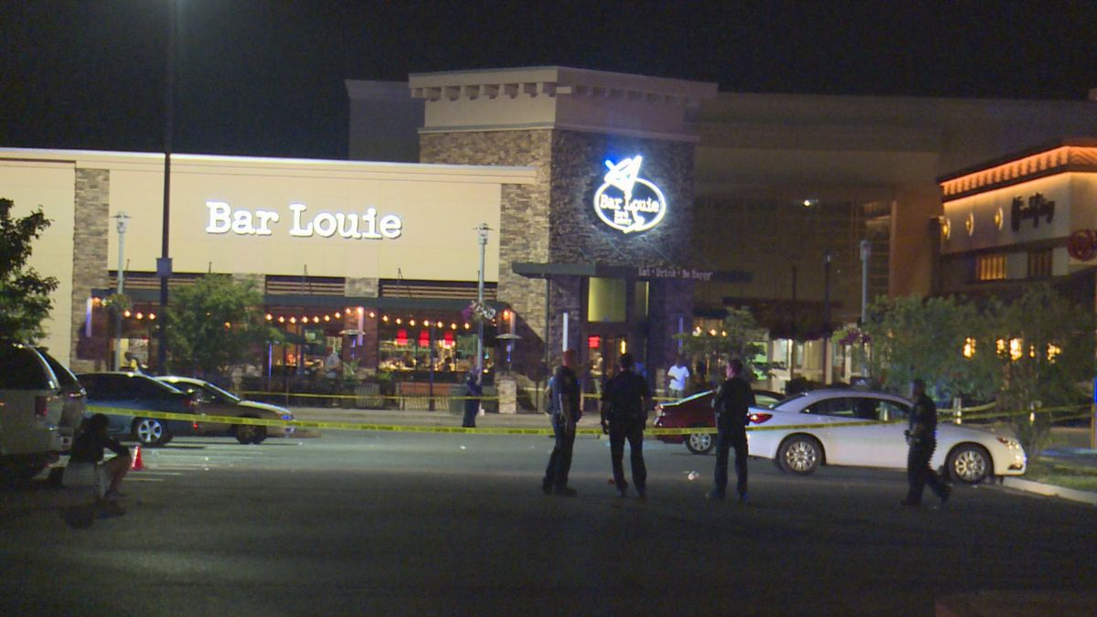 Investigators believe the shooting happened in the parking lot outside Bar Louie. (Photo:...