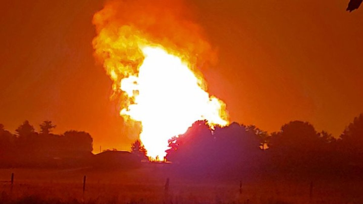 This photo is taken from Ky. 2141 in Moreland. The explotion shook the viewer's house and...