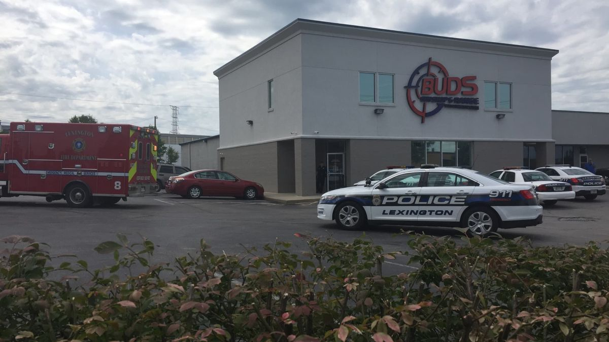 Police and fire crews responded to Buds Gun Shop in Lexington (Photo: WKYT)