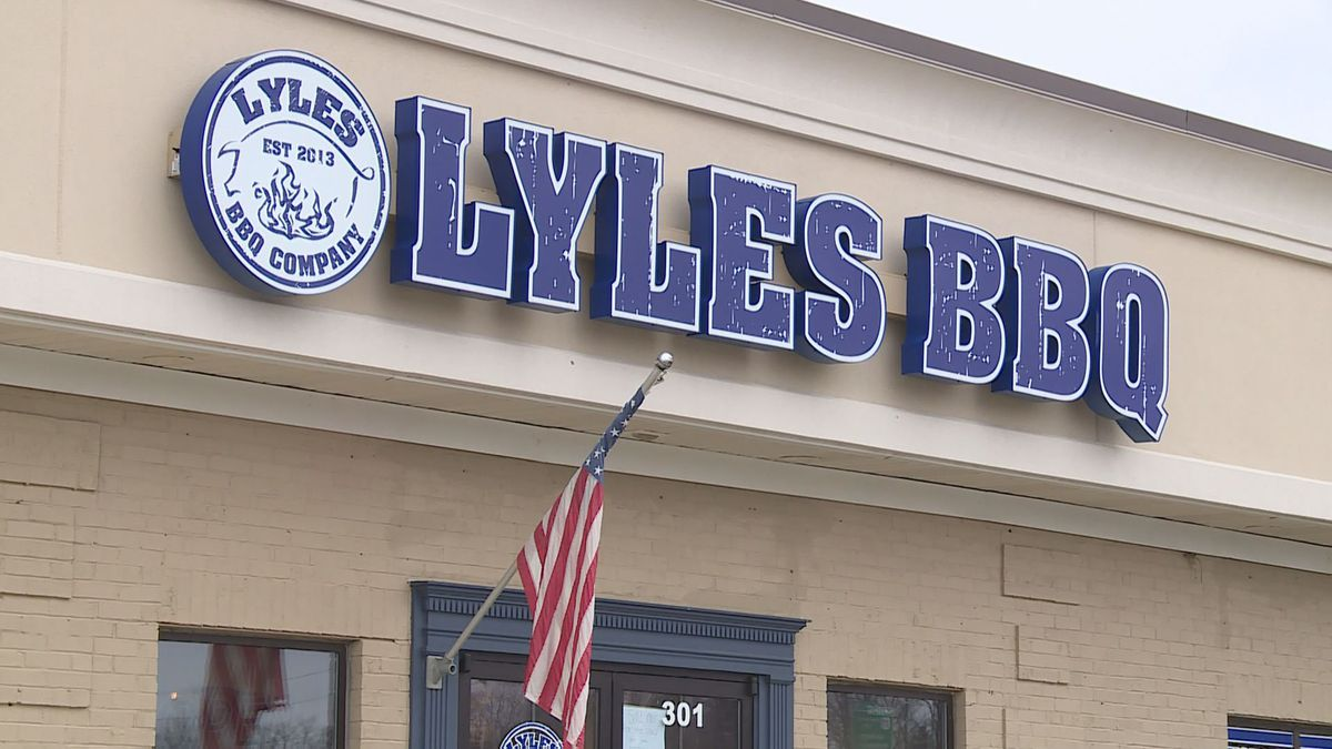 Lyles Barbeque announced the restaurant is shutting down after five years. (WKYT)