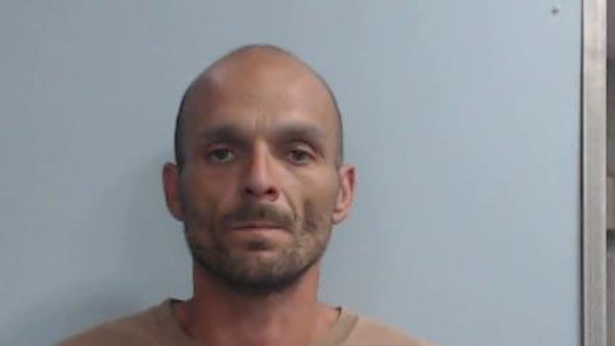 Inmate Stanley Eugene Baker Jr. walked away from his community service assignment while incarcerated with Lexington-Fayette County Division of Community Corrections. (Lexington Police Department)