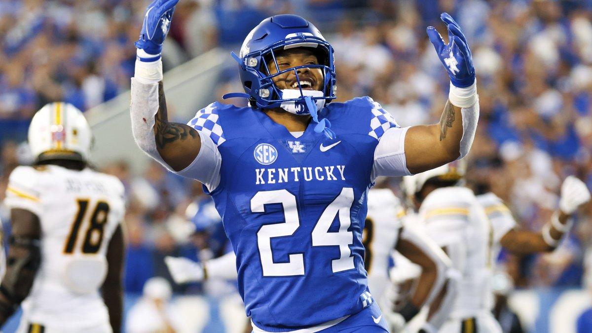 Kentucky running back Chris Rodriguez Jr. (24) celebrates scoring a touchdown during an NCAA...