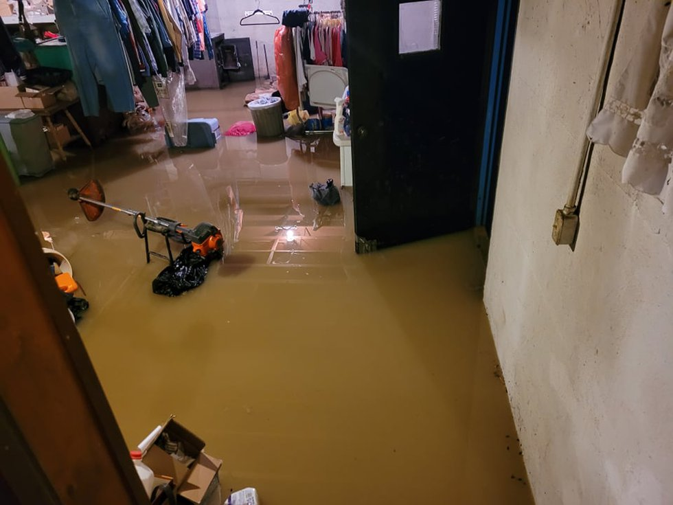 WKYT viewer Stephen Smallwood sent us this picture of flooding in his home.