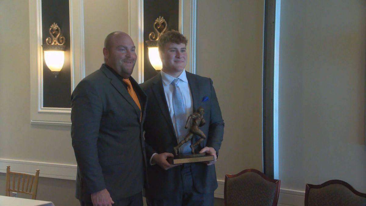 Jager Burton wins Hornung Award.