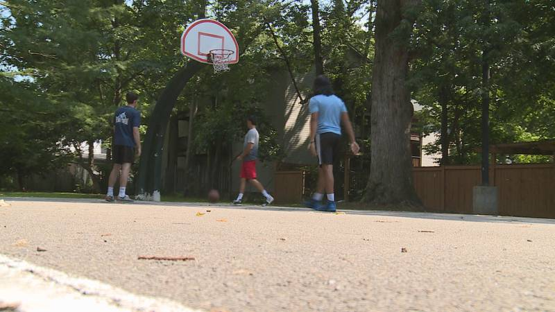 Groups of friends and young athletes took advantage of the day in Woodland Park, following big...