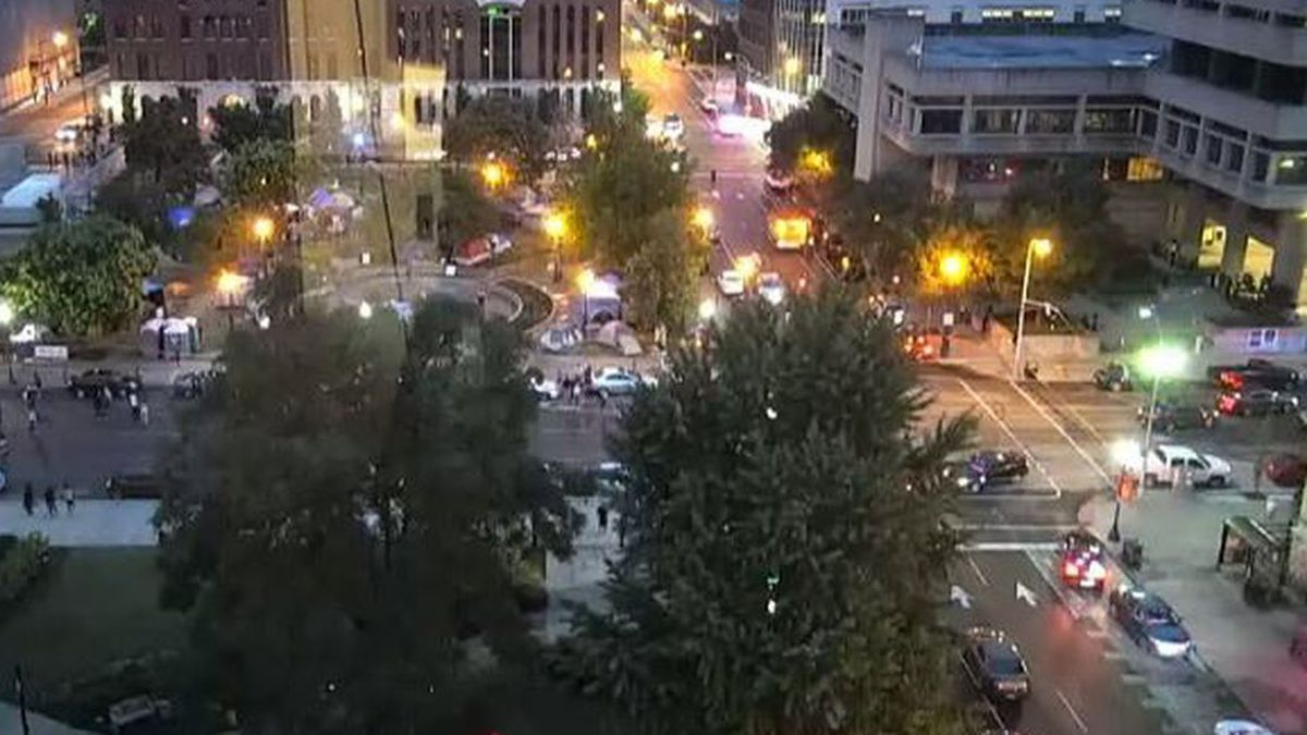 It's unclear how many people were shot or the extent of the injuries. (Source: WAVE 3)