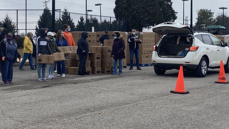 More than 2,000 food boxes traveled from Texas to Georgetown for a giveaway.