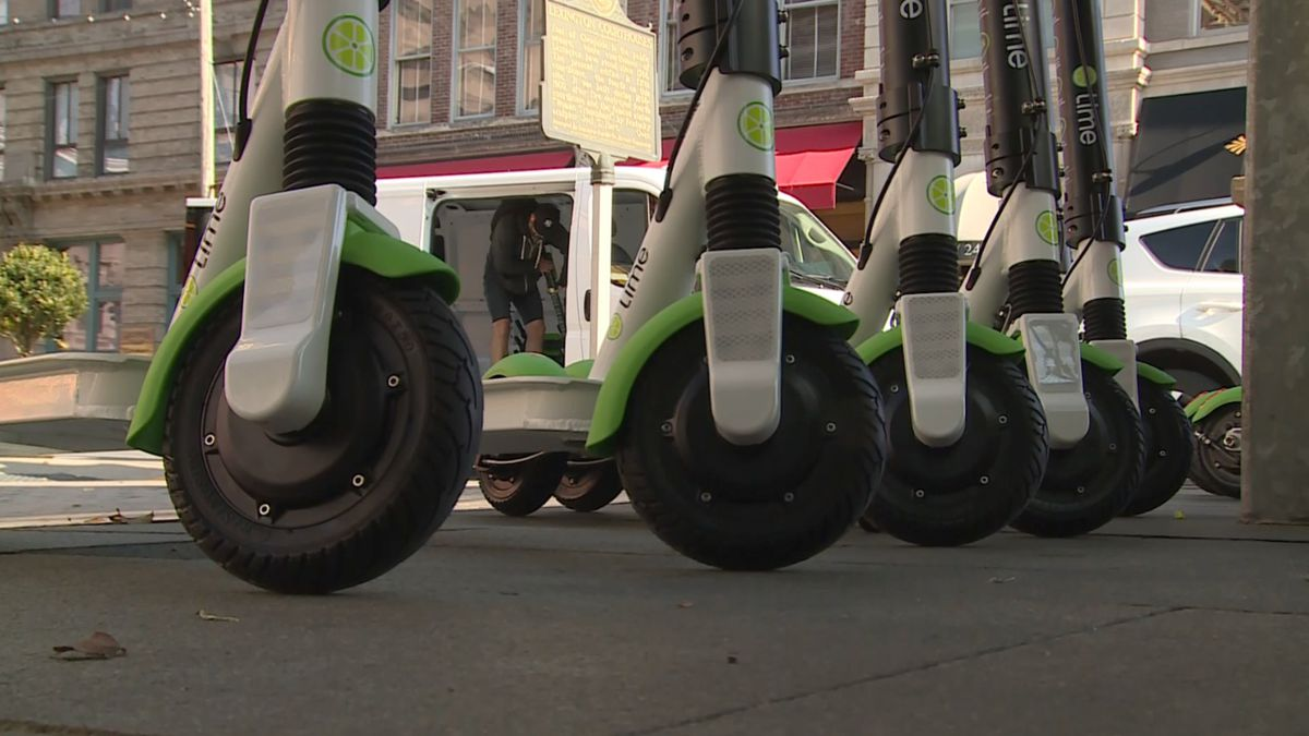 There's a new way to get around downtown Lexington! Lime is launching electric scooters. (WKYT)