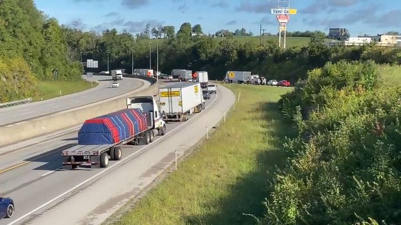 The crash happened Wednesday evening in the northbound lanes of I-75 just before the Clays...
