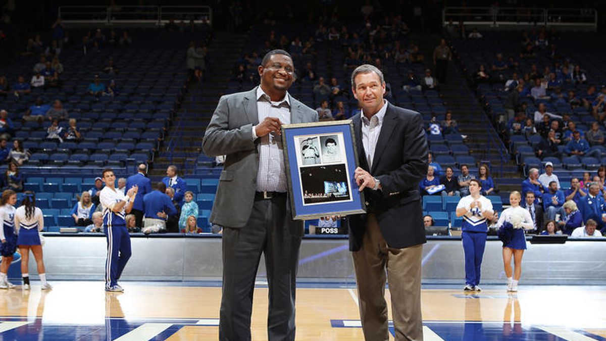 DeWayne Peevy, Mitch Barnhart.<br /><br />The University of Kentucky men's basketball team beat...