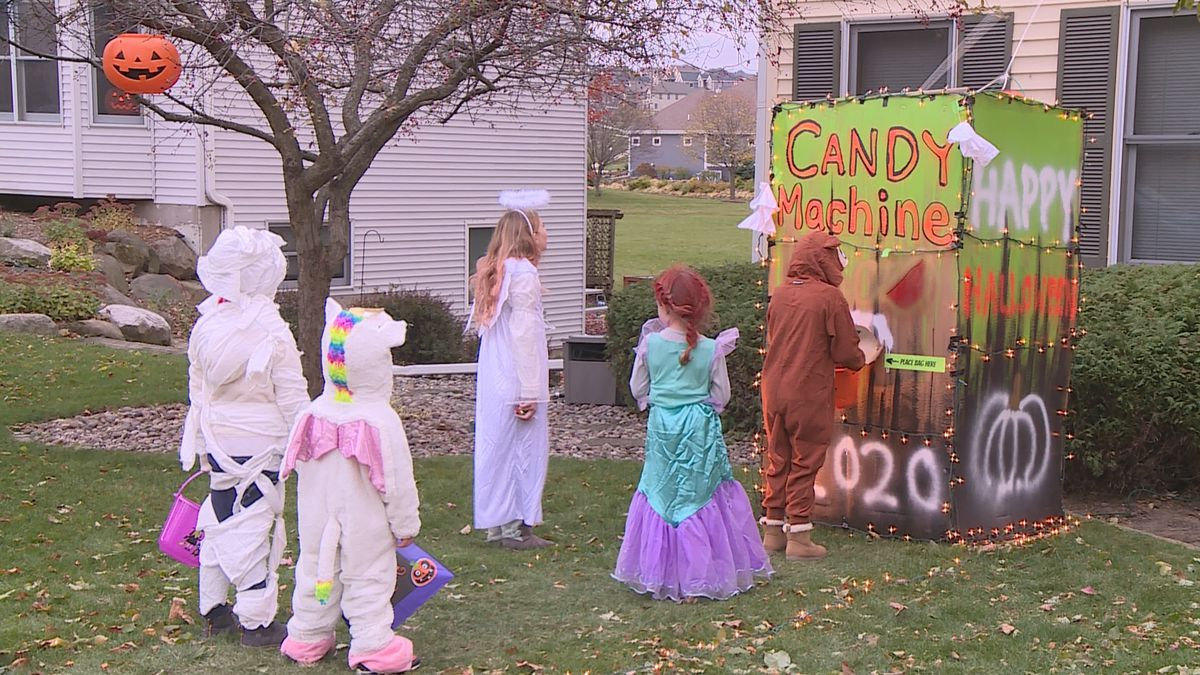 Families found creative ways to make trick-or-treating safer for kids, like this Oregon family...