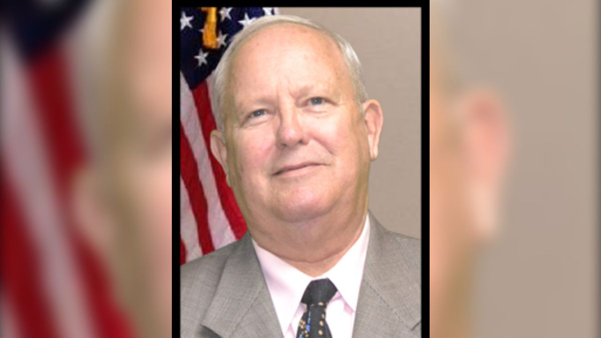 Madison County Magistrate Larry Combs has died.