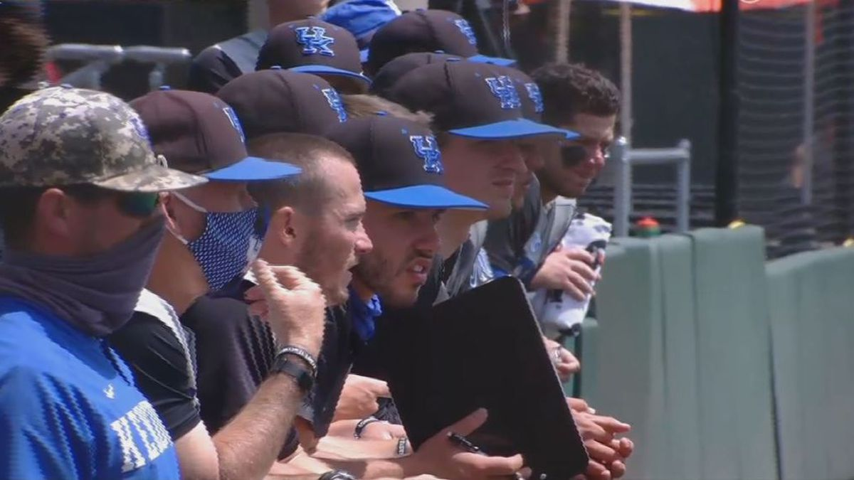 Kentucky dropped a second game, and the series, against Tennessee on Saturday.