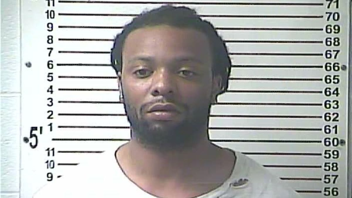 Taynandree Reed is charged with murder, assault, and robbery. (Photo: Hardin County Detention...