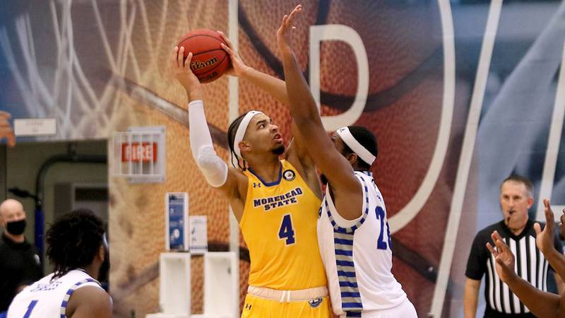 Freshman forward Johni Broome was nearly unstoppable in the paint, scoring a game-high 20 points