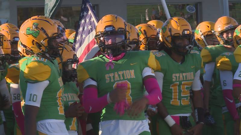 Bryan Station amassed 479 yards of total offense, including 343 yards through the air