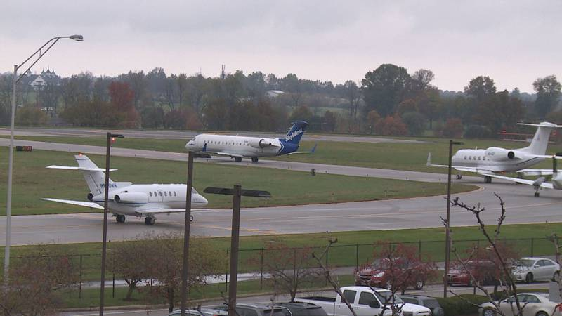 Several planes waiting to take off from runway 22 at Blue Grass Airport. (file photo)