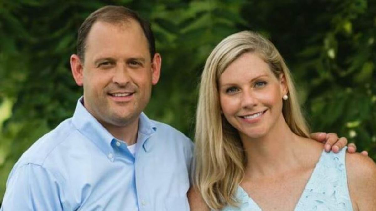 The Office of Congressman Andy Barr has confirmed his wife, Carol Barr, has passed away suddenly.